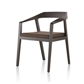 full-twist-guest-chair-670.jpg